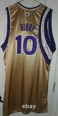 2005-06 Mike Bibby Game Used Gold Alternate Sacramento Kings Jersey, Autographed