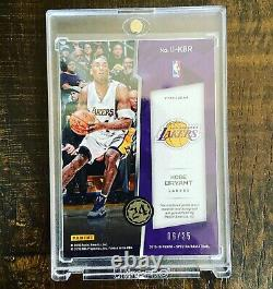 2015-16 Panini Spectra Kobe Bryant Ink Materials /35 ON CARD AUTO GAME WORN