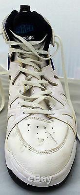 Alonzo Mourning Signed Charlotte Hornets GAME USED Nike Shoes JSA