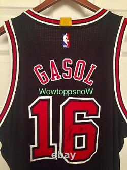 Autographed Auto PAU GASOL Game Worn/Used Home Black Chicago Bulls Jersey With COA