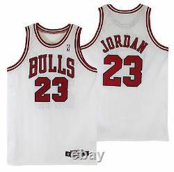 Bulls Michael Jordan Authentic Signed 1997-1998 Game Used White Nike Uniform BAS
