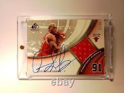 Dennis Rodman Upperdeck SP Game-Used Signatures Jersey Auto 15/91# 2005