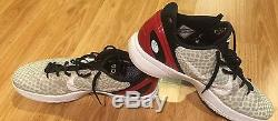 Signed Game Used Brian Scalabrine basketball shoes Bulls Celtics JSA KOBE BRYANT
