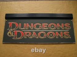 TSR Dungeons Dragons Neon Store Sign Gold Promotion