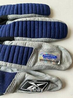 Tom Brady Signed Autographed Game Used Glove 11/7/04 Patriots vs Rams
