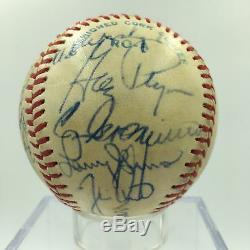 1982 L'équipe De Kansas City Royals Signé Jeu Autographié Utilisé Baseball George Brett