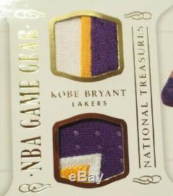2012-13 Panini Bryant Marquee Kobe Sur La Carte Auto + Double 3 Couleurs Jeu Utilisé Jersey