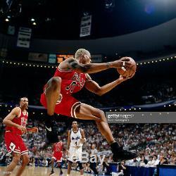 Dennis Rodman 1996 Jeu Utilisé Signé Bulls Champion Saisons Chaussures Apparent Match