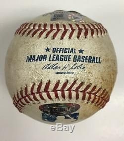 Derek Jeter A Signé Le Jeu 2014 Et A Utilisé Le Hit De Baseball Mlb # 3338 Hologramme