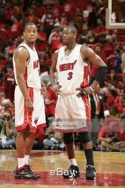 Dwyane Wade Jeu Signé Taille Utilisé 2005 15 Baskets Converse Heat Coa Autographe