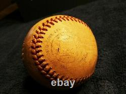 Hank Aaron Autographié Baseball Original Signé 1958 Jeu Utilisé Baseball Braves