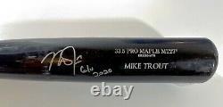 Jeu Signé Mike Trout Used Uncracked Old Hickory Bat 2020 G/u Psa Aj07524