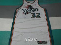 Jeu Utilisé Worn Joe Smith Detroit Pistons 2000-01 Jersey Nike Autographié Signé