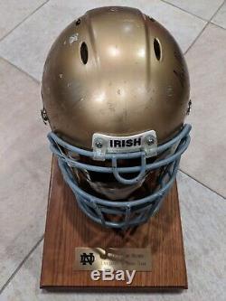 Jeu Utilisé Worn Notre Dame Fighting Irish Casque Et Signé À La Main Par Ara Parseghian