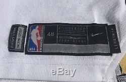 Jrue Holiday New Orleans Pélicans Jeu Cut Publié Utilisé Nike Pro Chandail Autographié