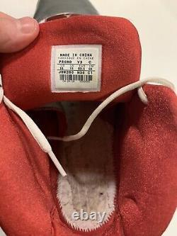 Juwan Howard Signed Game Used Shoes Rockets, Michigan, Fab 5