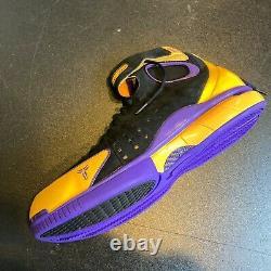 Kobe Bryant Jeu Utilisé Signé Nike Huarache 2k4 Chaussure Sneaker Avec Jsa Coa