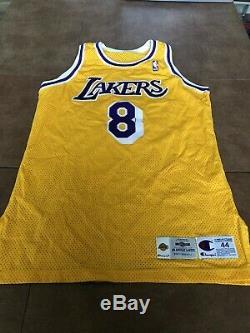 Kobe Bryant Jeu Utilisé Worn 1996-97 Lakers Accueil Équipe Jersey Délivré Signé