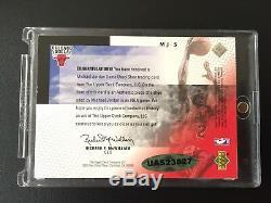 Le Pont Supérieur Signé Michael Jordan Shoetime 1999/00 A Utilisé Le Jeu Bull Bulls Auto Uda