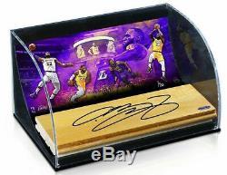 Lebron Autographié La Lakers Jeu Floor Curve Display Uda Le 6/23