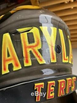 Maryland Terrapins Terps Jeu Utilisé Worn Football Casque Signé Ncaa Cavon Walker
