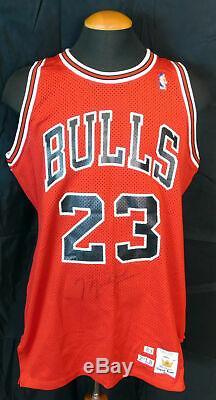 Michael Jordan 1989-1990 Chicago Bulls Jeu Signé Utilisé Jersey Jsa Et Mears Coa