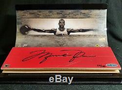 Michael Jordan Signé Jeu D'occasion Affichage Étage Chicago Bulls Autograph Pont Supérieur
