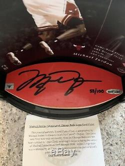 Michael Jordan Uda Jeu Floor Bulls Autographe 53/100 Upper Deck Le