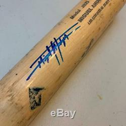 Miguel Andujar A Signé Le Jeu De Saison Recrue Utilisé Par Les Yankees De Batte De Baseball Avec Jsa Coa