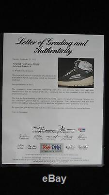 Robert Parish (championship) - Baskets Autographiées Autographiées Aps / Adn