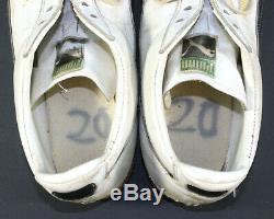 Rocky Bleier Signé Inscribe Jeu Utilisé Worn Pittsburgh Steelers Puma Chaussures Turf