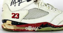 Taureaux Michael Jordan Jeu 1990 Signé Occasion Nike Air Jordan V Chaussures Bas
